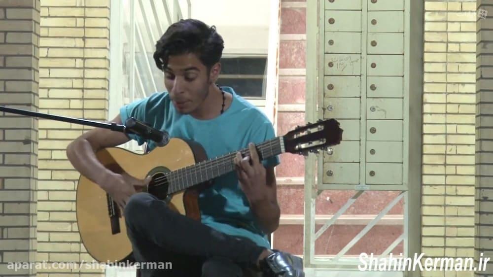 خوانندگی زیبای علی الهامی بازیکن شاهین کرمان در جشن چهارمین سالگرد این باشگاه